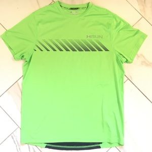Underarmor Men Heatgear Shirt in good condition